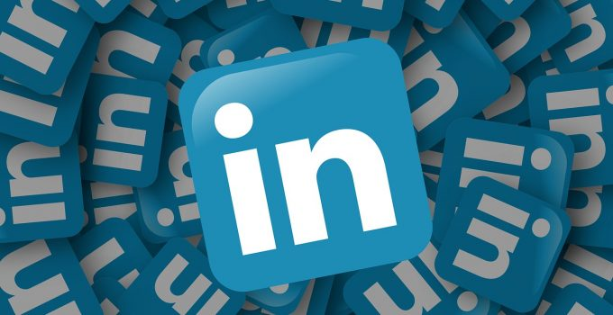 Marketing: no all'uso dei dati degli utenti di LinkedIn